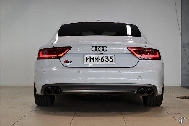 Audi S7 6