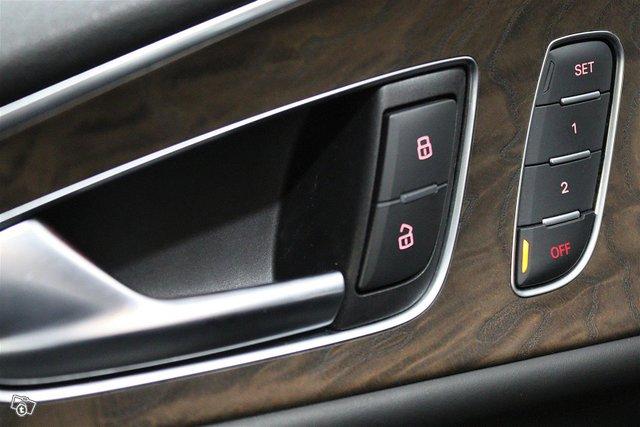 Audi S7 10