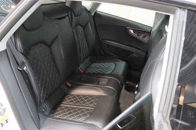 Audi S7 13