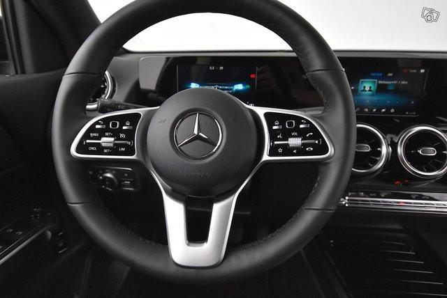 Mercedes-Benz GLB 18