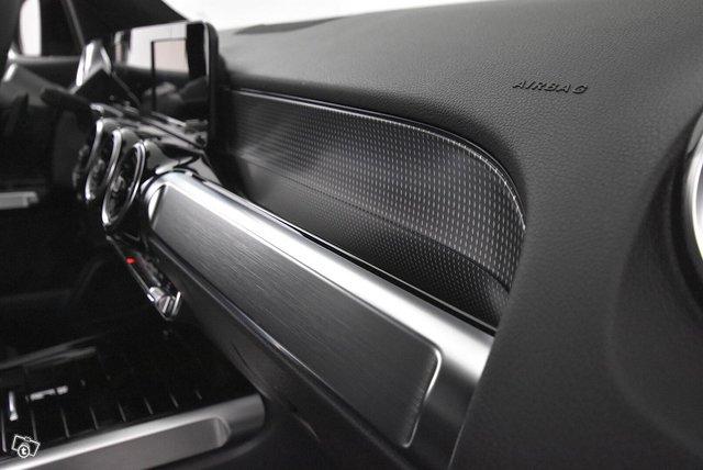Mercedes-Benz GLB 19