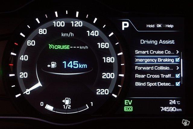 Hyundai IONIQ Plug-in 16
