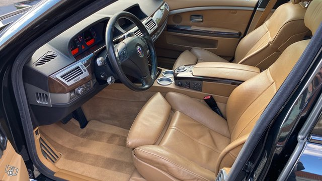 BMW Alpina 7