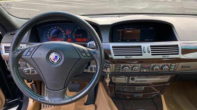 BMW Alpina 9