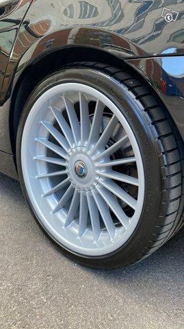 BMW Alpina 12