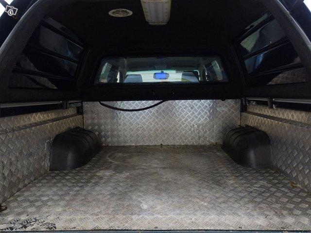Toyota Hilux 10