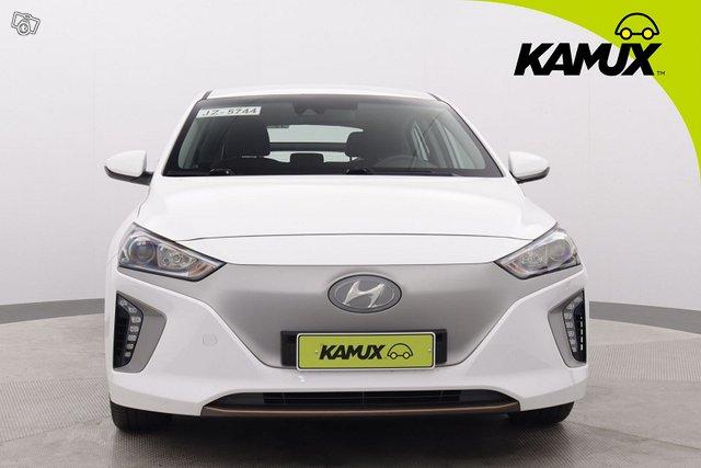 Hyundai Ioniq Electric 9