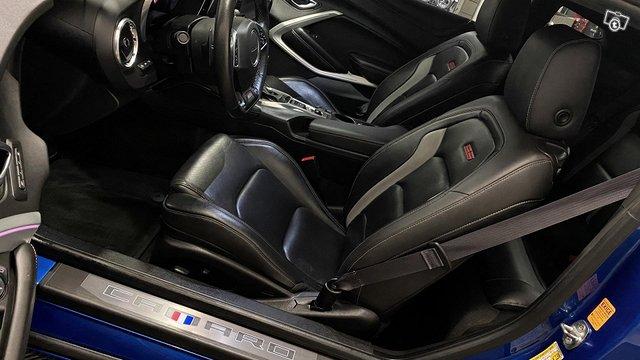 Chevrolet Camaro 8