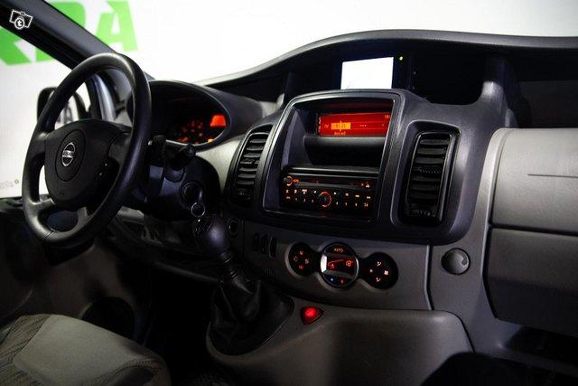 Nissan Primastar 15