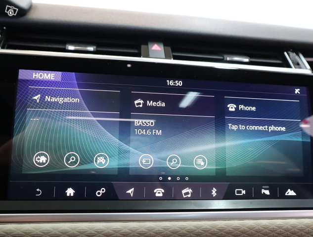 Land Rover Range Rover Velar 15