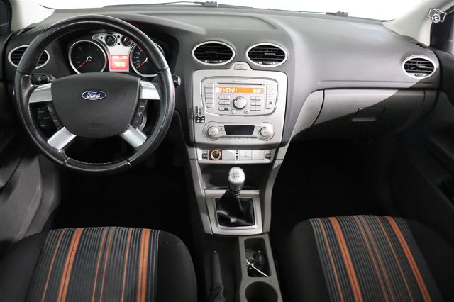Ford Focus 9