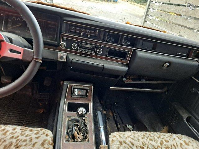 Nissan Cedric 4