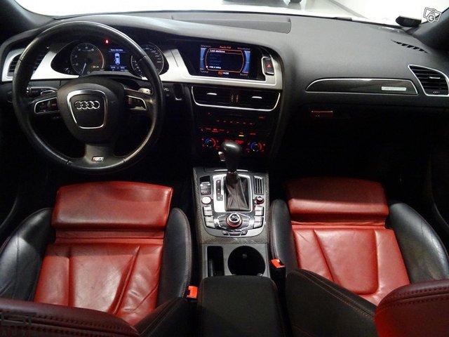 Audi S4 14