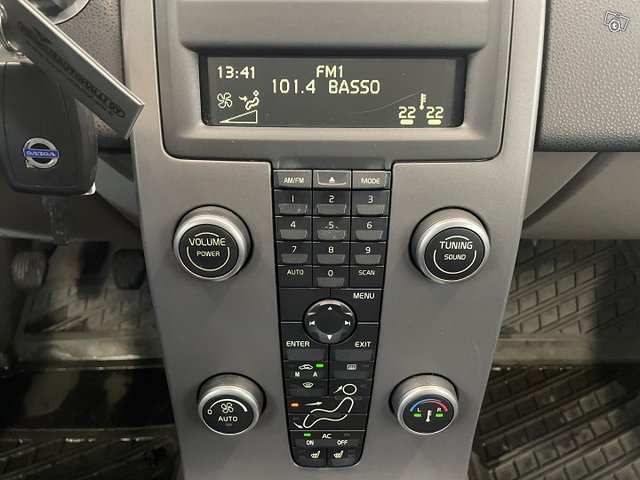 Volvo C30 13