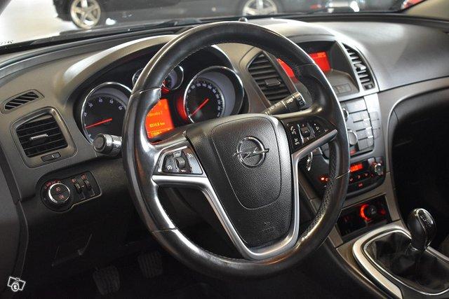Opel Insignia 10