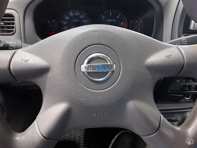 Nissan Cab 7