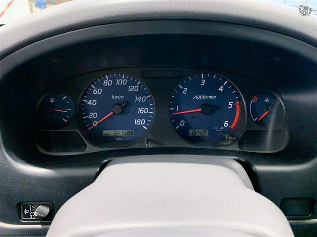 Nissan Cab 8