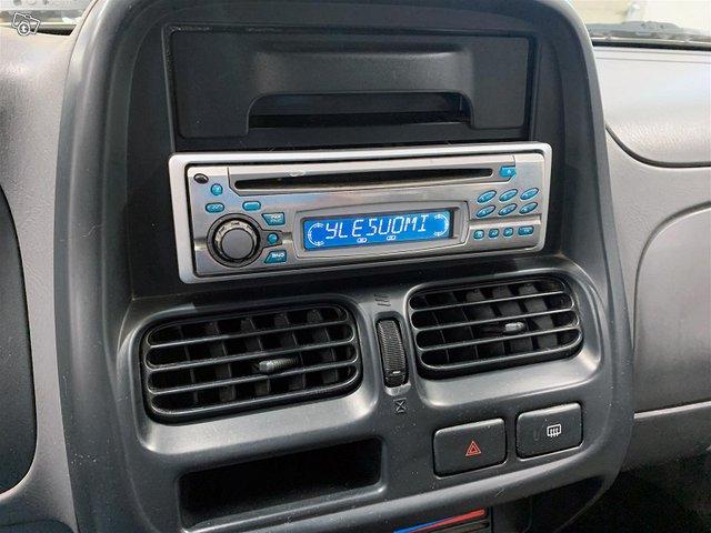 Nissan Cab 10