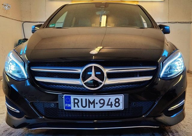 Mercedes-Benz B 220 CDI