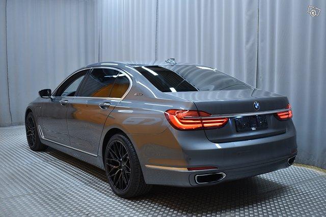 BMW 740 5