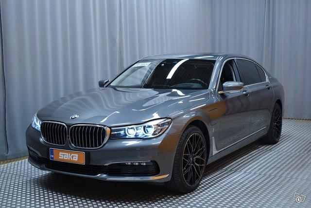 BMW 740 6