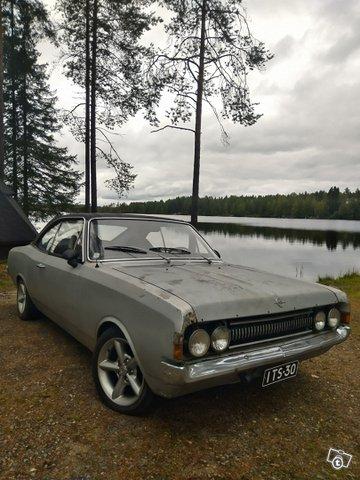 Opel Commodore 9