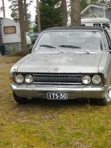 Opel Commodore 3