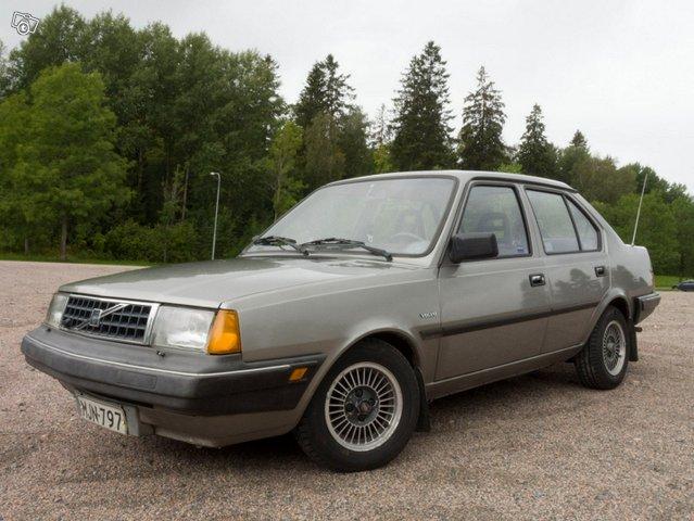 Volvo 340, kuva 1