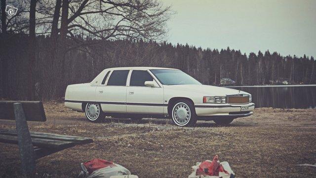 Cadillac De Ville 1