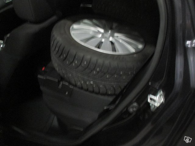 Suzuki SX4 S-Cross 4