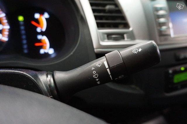 Toyota Hilux 21