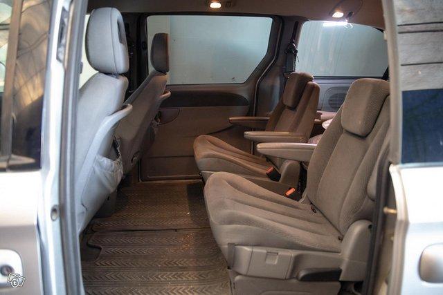 Chrysler Grand Voyager 14