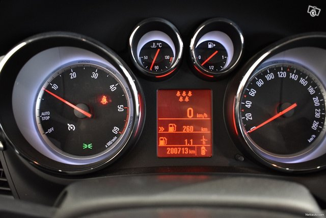 Opel Zafira Tourer 11