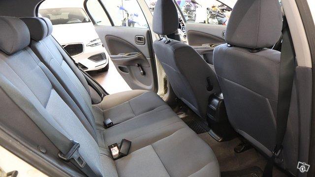 Nissan Almera 14