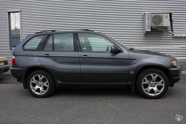 BMW X5 3.0i 2