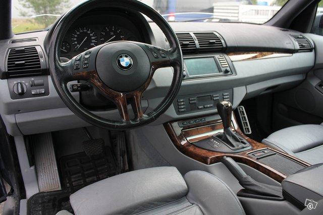 BMW X5 3.0i 4
