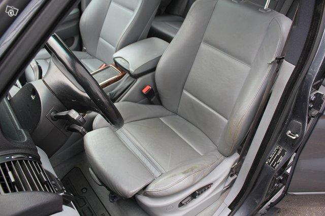 BMW X5 3.0i 5