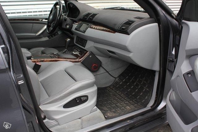 BMW X5 3.0i 7