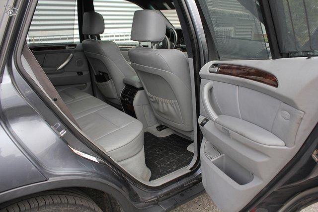 BMW X5 3.0i 8