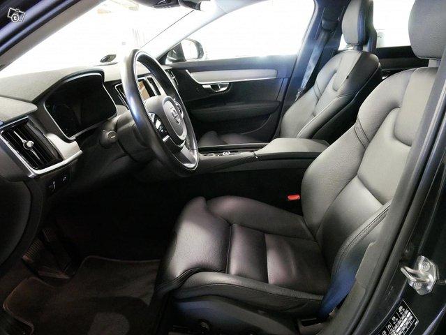 Volvo V90 14