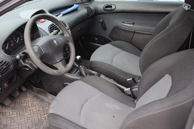 Peugeot 206 9