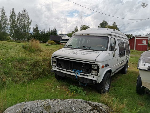 Chevrolet Van 3