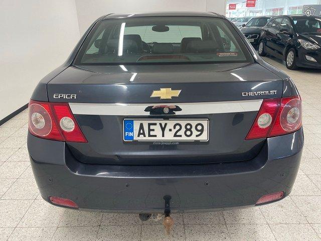 Chevrolet Epica 6