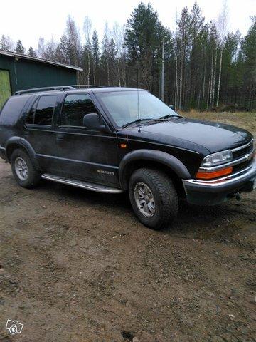 Chevrolet Blazer 5