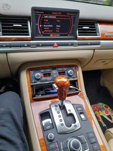 Audi S8 13
