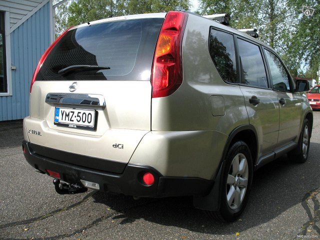 Nissan X-Trail 11