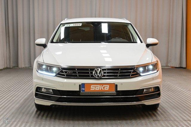 Volkswagen Passat 2