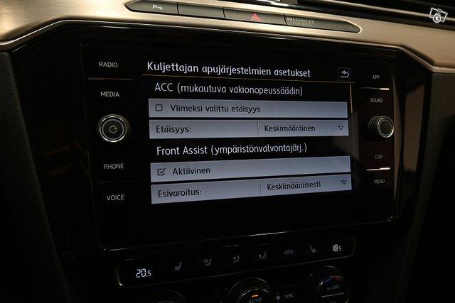 Volkswagen Passat 23