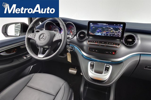 Mercedes-Benz EQV 9