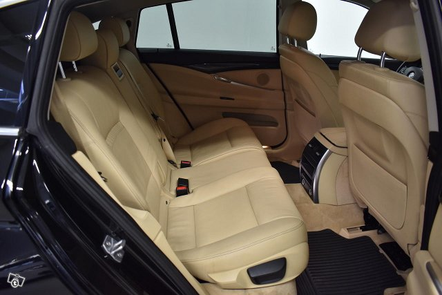 BMW 530 Gran Turismo 17